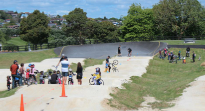 Sacha's #ridelikeagirl BMX Clinic