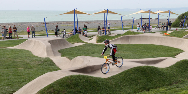 Papamoa pumping for BMX pump track