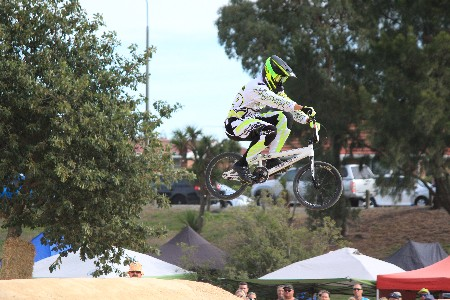 Jones leads Kiwi BMX riders through qualifying